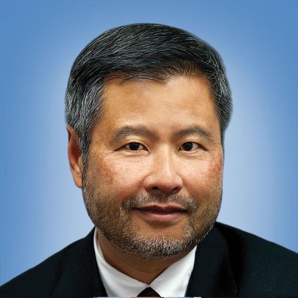 Photo of Prof. Benjamin Hsiao