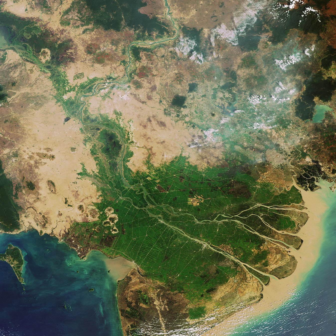 Vietnam's Mekong Delta, captured by Envisat. Source: ESA.